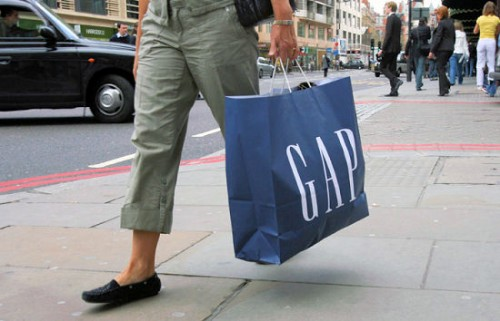 Tầm quan trọng của việc in túi giấy trong lĩnh vực thời trang