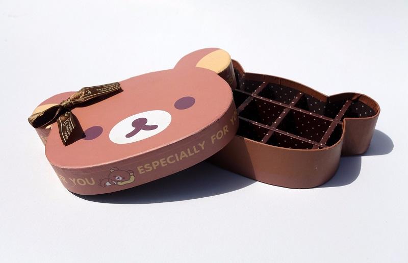 In hộp giấy đựng bánh các loại giá rẻ, mẫu mã đa dạng