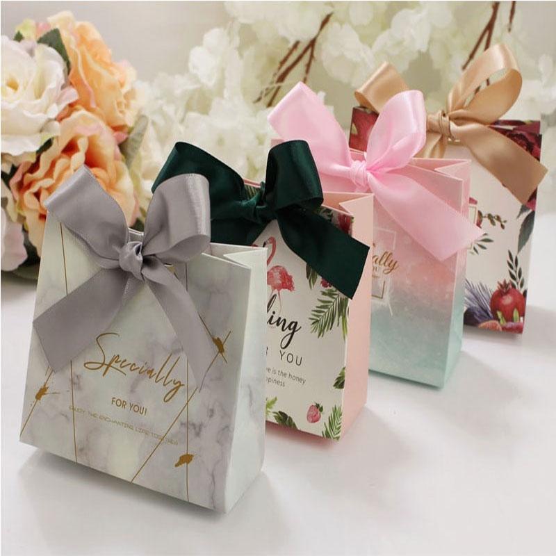 in túi giấy đựng quà tặng đẹp chát lượng uy tín