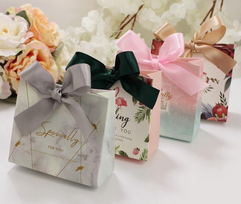 in túi giấy đụng quà tặng đẹp chất lượng